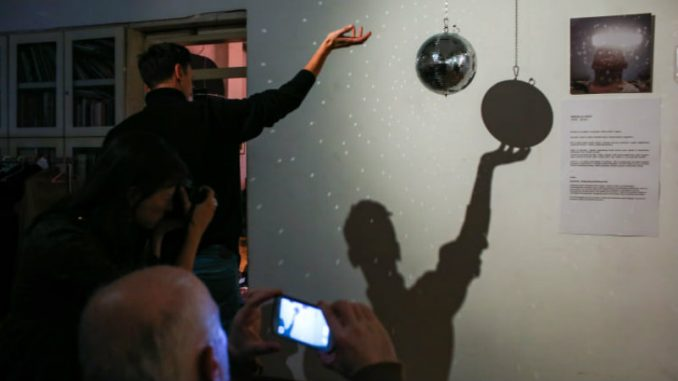 Umetnički projekat Tata Miki ruši tabue o bolesti i smrti 2