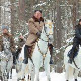 Kim na belom konju na vrhu svete planine, kao i uvek pred velike odluke 14