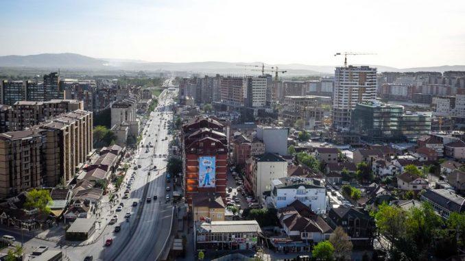 Protest ispred Skupštine Kosova nakon izbora vlade 1