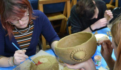 Poziv srednjoškolcima za besplatan mini kurs keramike do 31. decembra 11
