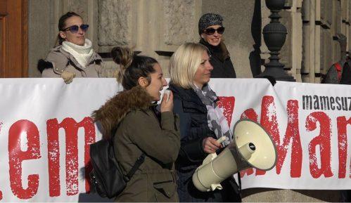 U Beogradu protest sa zahtevom da se porodiljama garantuje minimalna zarada 4