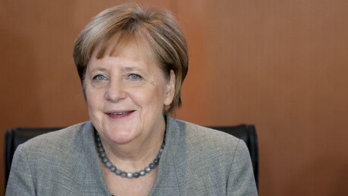 Angela Merkel ponovo negativna na korona virus 3