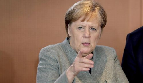 Merkel kritikuje američku pretnju sankcijama zbog Severnog toka 2 12