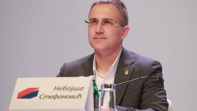 Stefanović: Izmišljanje vesti o naseljavanju migranata ugrožava pomaganje toj populaciji 3
