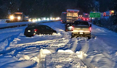 Snežna oluja u SAD, otkazane stotine letova 8