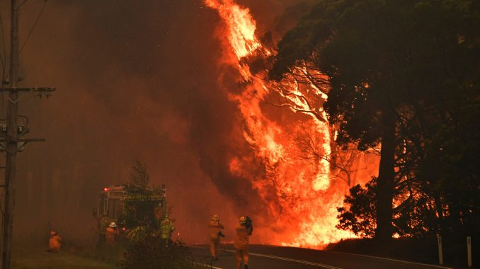 Policija u Australiji optužila 24 osobe da su podmetale požare 3
