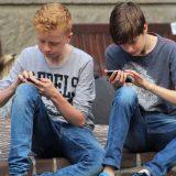 Radi bezbednosti mladih korisnici Instagrama moraće da otkriju datum rođenja 4