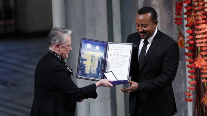 Premijeru Etiopije uručena Nobelova nagrada za mir 3