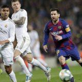Španija spremna da fudbalsku sezonu završi bez navijača na stadionima 8
