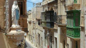 DW: Malta - prva stanica iseljenika početnika s Balkana 3