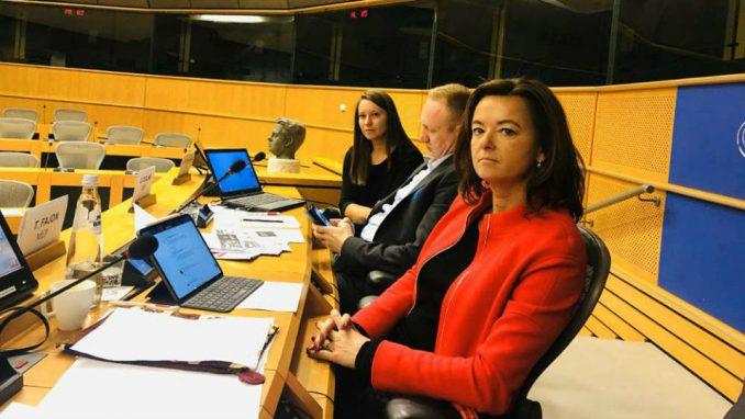 Fajon: U Srbiji prisutan visok nivo kršenja demokratije i medijskih sloboda 1