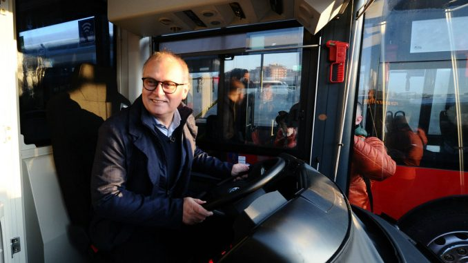 Vesić: Od danas na ulicama prestonice 174 nova autobusa 5