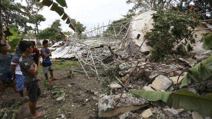 Jak tajfun pogodio Filipine u danu kada se proslavlja Božić 2