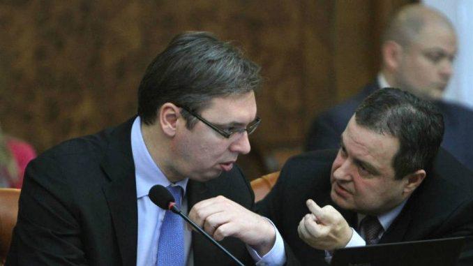 "Vučićev ""vruć krompir"" za Dačića 1"