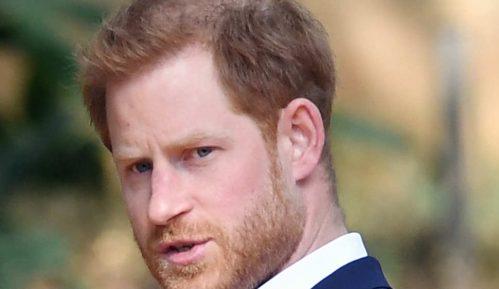 Princ Hari rekao da sa tugom napušta kraljevske dužnosti 2