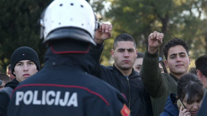 Policija Crne Gore od 6. februara neće obezbeđivati litije 2