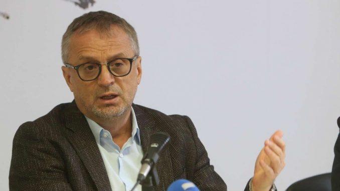 Poverenik Ilić se izuzeo jer je objavljivao u Danasu i Cenzolovci 1