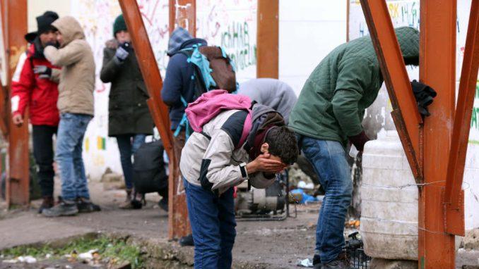 Traže zaštitu od agresije pojedinih migranata 5