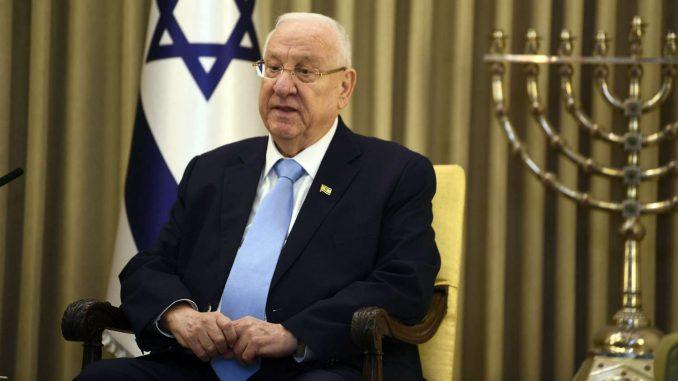 Predsednik Izraela odlučio da lider opozicije Lapid bude mandatar 4
