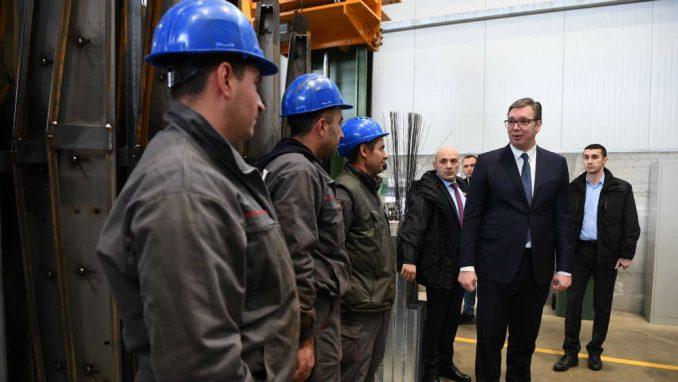 Sindikati o radu nedeljom: Vučić stao na stranu krupnog kapitala 3