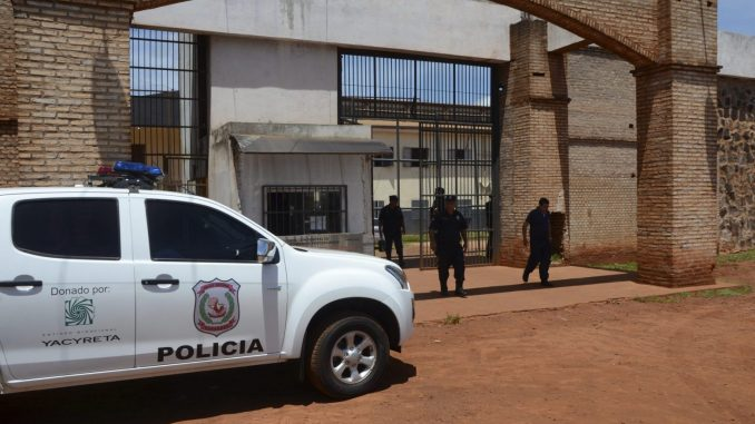 Najmanje 75 zatvorenika pobeglo iz zatvora u Paragvaju, većina iz zloglasne brazilske bande 1