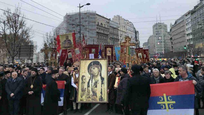 Održan moleban ispred Hrama Svetog Save: Srbi 30 godina u Crnoj Gori nemaju slobodu, ali ipak opstaju  (FOTO) 3