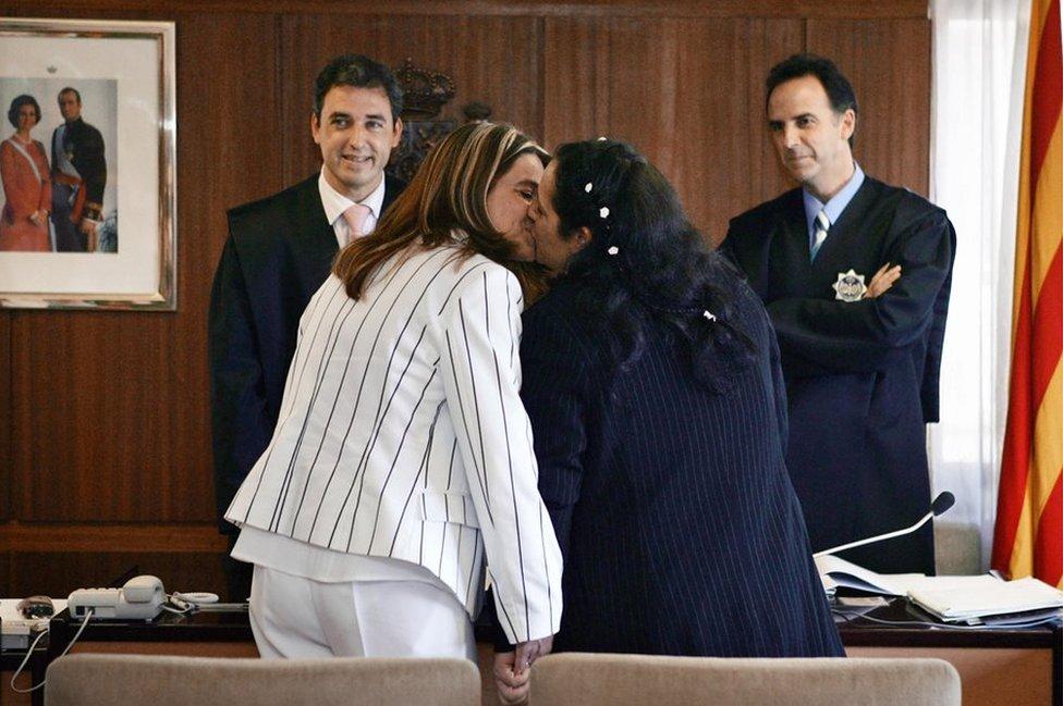 Veronika i Tijana su prve žene u Španije koje su imale građansko venčanje 2005. godine