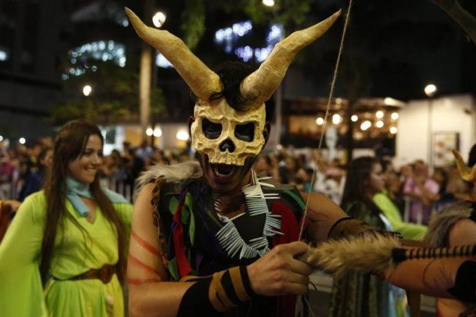 U fotografijama: Likovi iz mitova i legendi na festivalu u Medeljinu 3