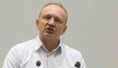 Đilas: Srbija se pretvara u koloniju prodajom svega što ima 9