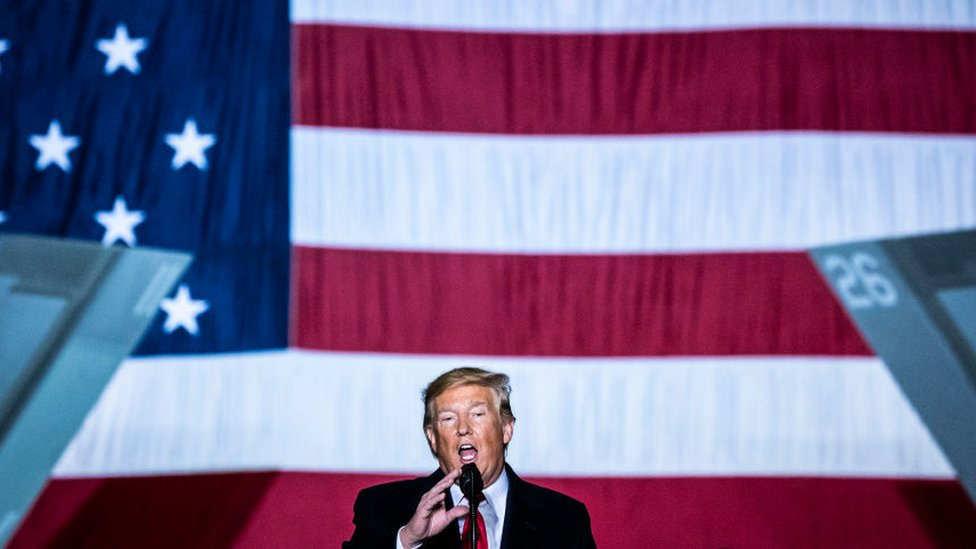 Predsednik Tramp