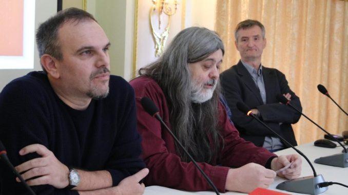 "Bojkot i dodela NIN-ove nagrade: Roman godine je ""Pas i kontrabas"" Saše Ilića 1"