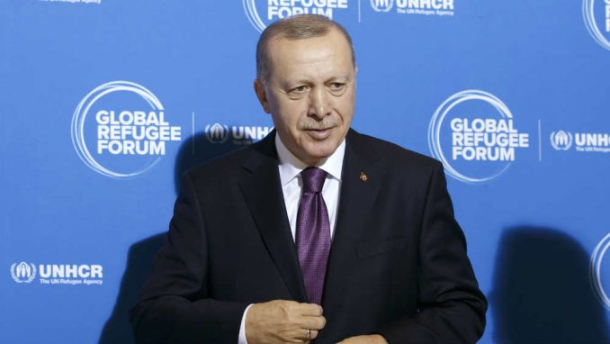 Erdogan: Turska će 2023. poslati prvu raketu na Mesec 3