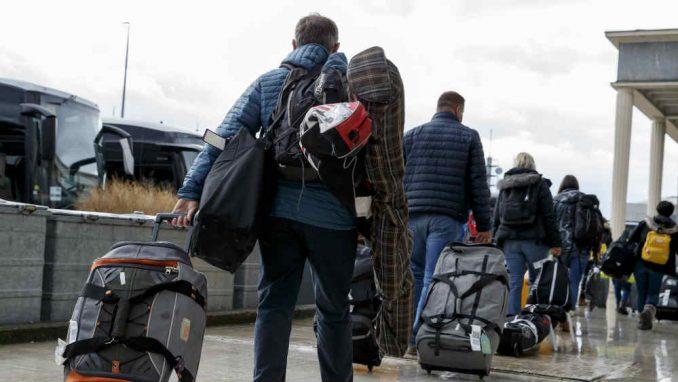 TOS: Zbog pandemije korona virusa u martu 56 odsto manje stranih turista 5