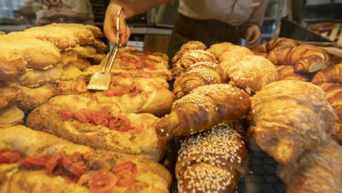 Hlebdžije traže da se smanji broj pekara 2
