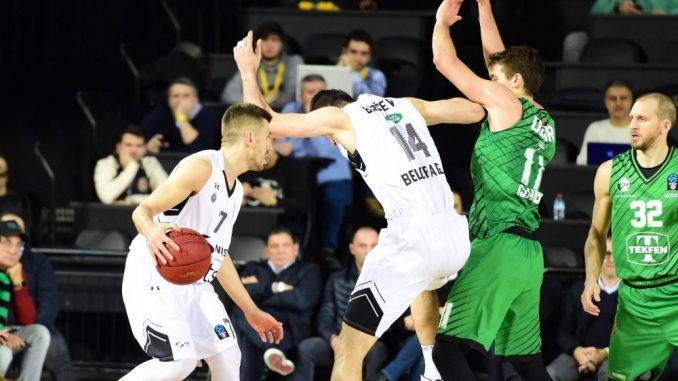 Partizan izgubio od Darušafake u Istanbulu 5