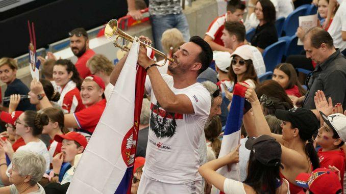 Đoković se raduje Medvedevu 3