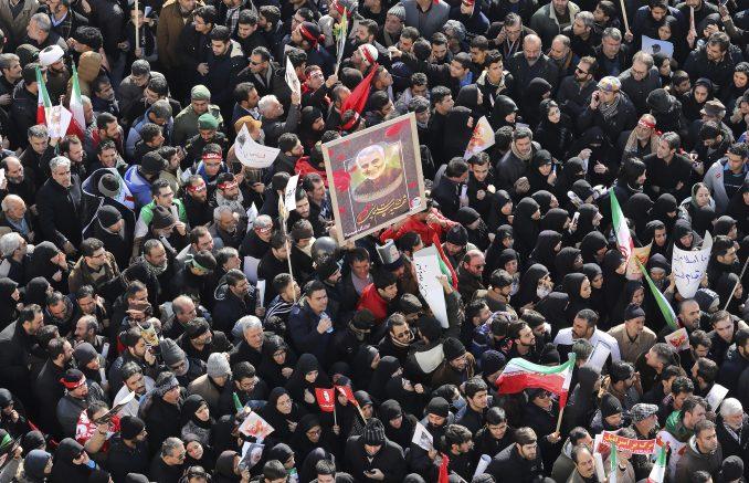 Britanski ambasador u Iranu negira učestvovanje u demonstracijama 4