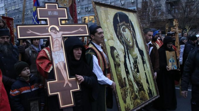 Moleban i litija u Čačku u znak podrške SPC u Crnoj Gori 3