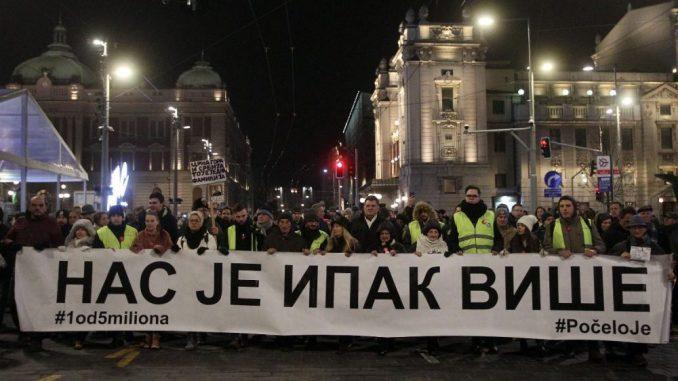1 od 5 miliona: Šetnja i sveće za Olivera Ivanovića  (VIDEO, FOTO) 1