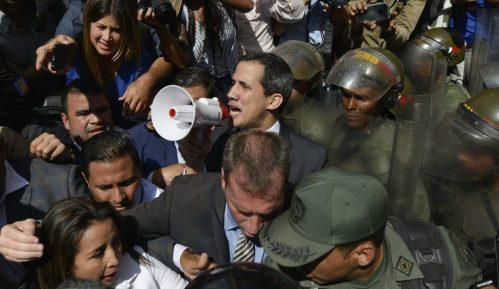 Gvaido položio zakletvu u parlamentu usred parlamentarne krize u Venecueli 1