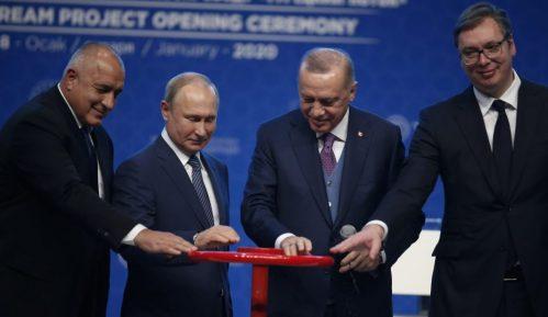 Bugarska dogovorila 40 odsto manju cenu za ruski gas 7