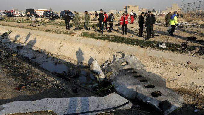 Iran potvrdio da su dve rakete ispaljene ka ukrajinskom avionu u kojem je poginulo 176 ljudi 3