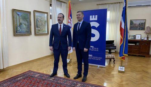 Ambasador SAD posetio Šabac, raduje ga što se čuju različita mišljenja 15