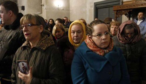 Veliki broj Nišlija u molitvenoj šetnji za odbranu svetinja u Crnoj Gori 2