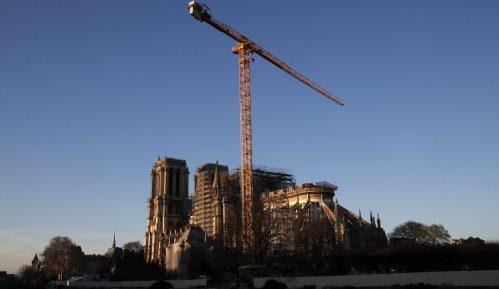 Šef obnove Notr Dama kaže da se neće žuriti sa popravkom katedrale 10