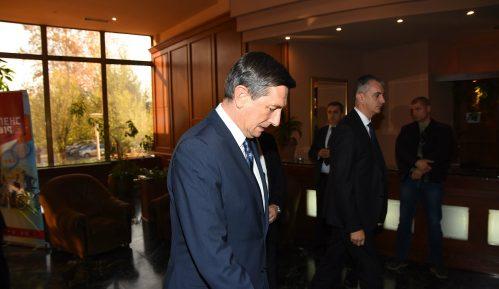 Pahor poručio Milanoviću: Slovenija je prijatelj Hrvatske, ali treba rešiti spor oko granice 13