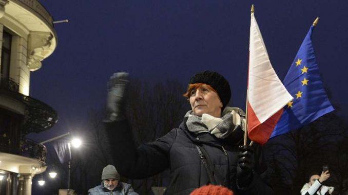 Poljske sudije u povorci u Varšavi zahtevale nezavisnost pravosuđa 1