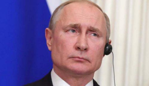 Novinari da ne prilaze Putinu 7