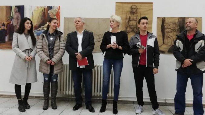 Otvorena izložba đaka Umetničke škole u Kraljevu 4