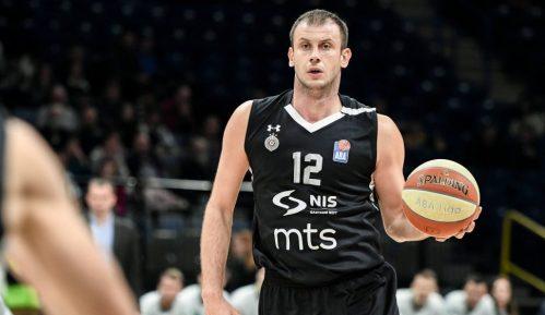 Partizan najavio krivične prijave protiv neodgovornih pojedinaca 6